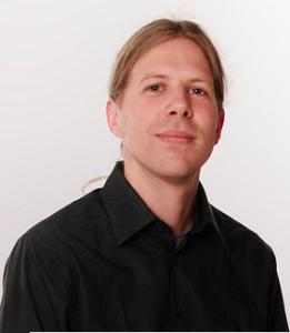 Martin Van Aken est formateur pour Human Coders. Il anime la formation Revue de code